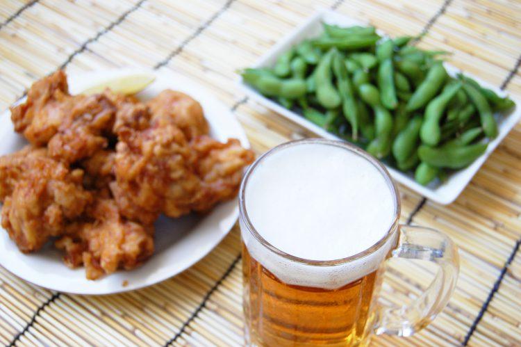 ビールと枝豆と唐揚げ