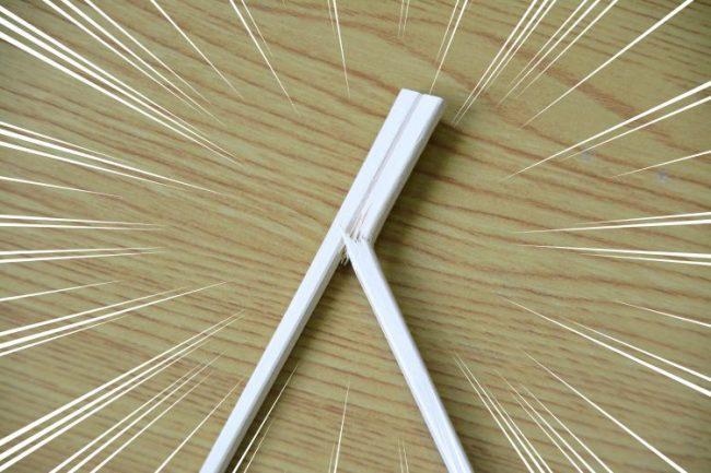 折れた割り箸