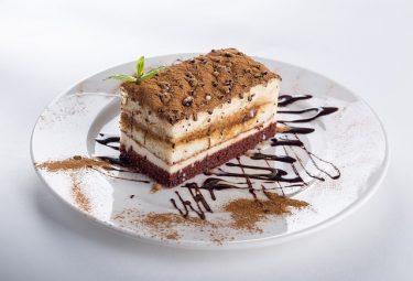 ダイエット中に食べていいお菓子ってありますか?東京GLPクリニック院長の深堀純也が解説!