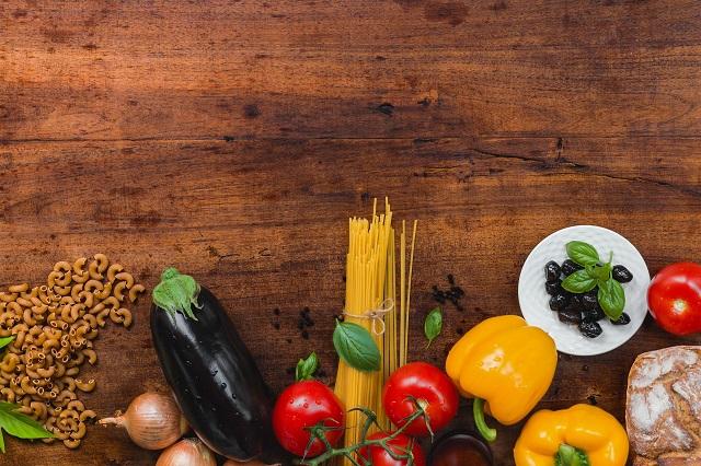 野菜やパスタ
